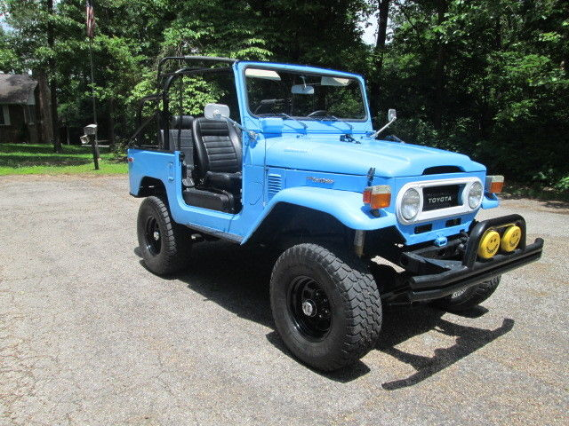 Toyota Pickup 1976 Cars for sale