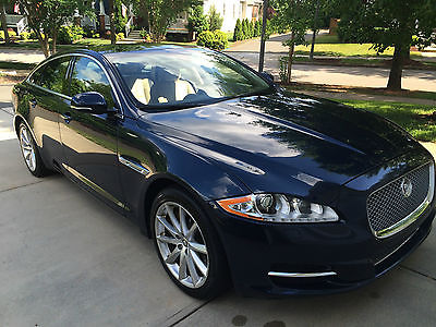 Jaguar : XJ Base Sedan 4-Door 2013 jaguar xj base sedan 4 door 3.0 l