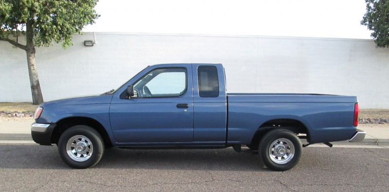 2000 Nissan Frontier XE King Cab I4 WMA-MP3 Sliding R.Wind PR1084