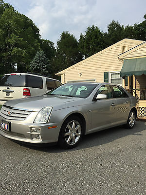 Cadillac : STS STS-4 2007 cadillac sts 4 awd luxury sedan 4 door 3.6 l low miles immaculant condition