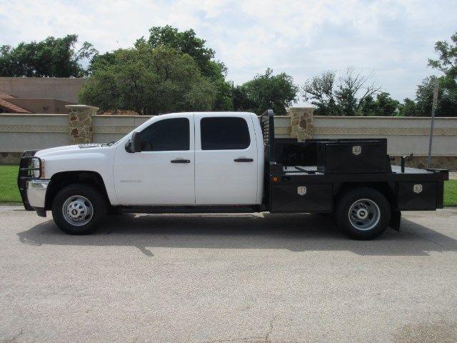 Chevrolet : Silverado 3500 CC 4WD DRW 2011 chev crew cab 4 x 4 drw flatbed svc body mechanics bed duramax diesel
