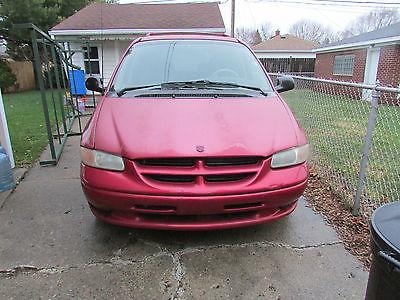 Dodge : Caravan SE Mini Passenger Van 4-Door 1996 dodge caravan se mini passenger van 4 door 3.3 l