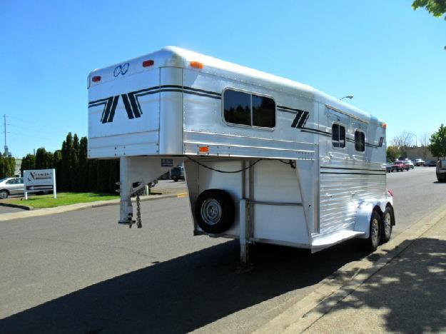 1997 C amp C 2 Horse Gooseneck
