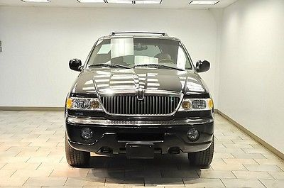 Lincoln : Navigator NAVIGATOR 2002 lincoln navigator very low miles navigation rare rare warranty