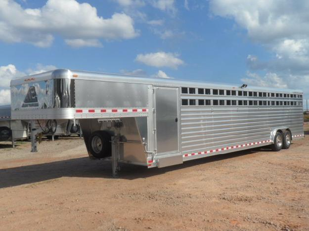 2015 Elite 12 Horse Polo Trailer