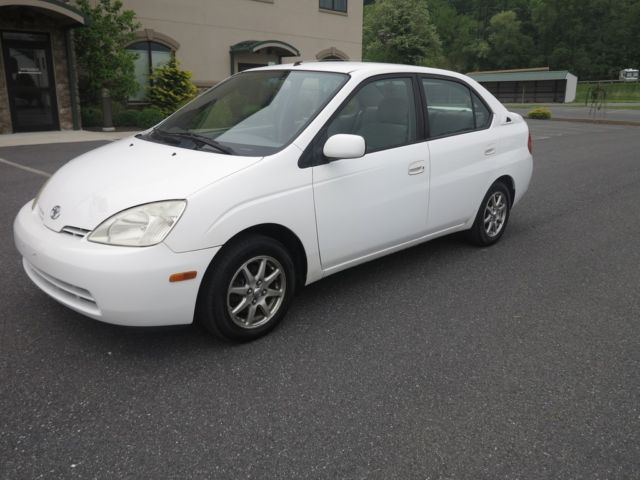 Toyota : Prius 4dr Sedan 2001 01 prius rebuilt hybrid battery low 97000 miles a c cold non smoker cd