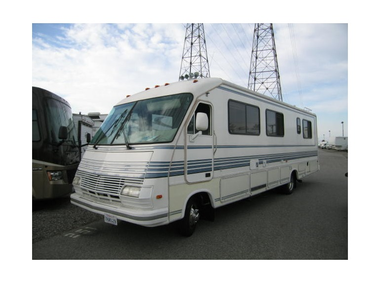 1990 Fleetwood Mallard Motorhome – Billy Knight