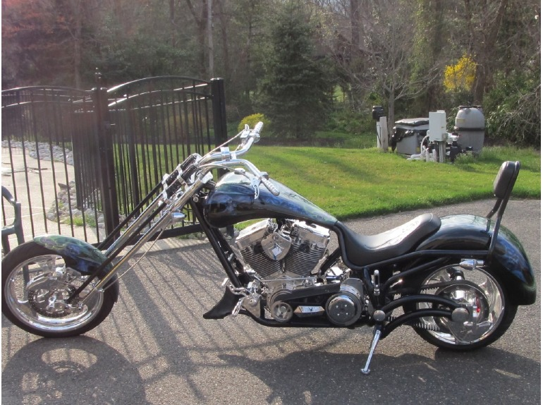 2010 Bourget Fat Daddy 330