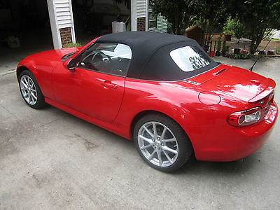 Mazda : MX-5 Miata Grand Touring Convertible 2-Door Red GT with Cloth Top, Low Mileage