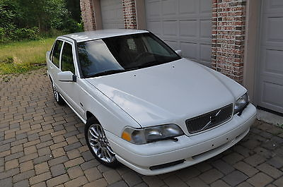 Volvo : S70 Base Sedan 4-Door 1998 volvo s 70 white black 1999 2000 v 70 s 60 c 70 s 80 950 c 30 98 99 00 01 02 03