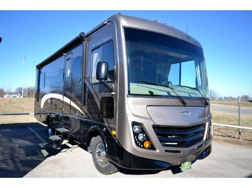 The 2015 Fleetwood Flair 26E is a stunninglytrendy