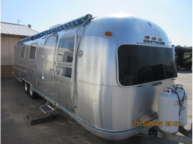 1975 Airstream International Land Yacht Soverign 31RB