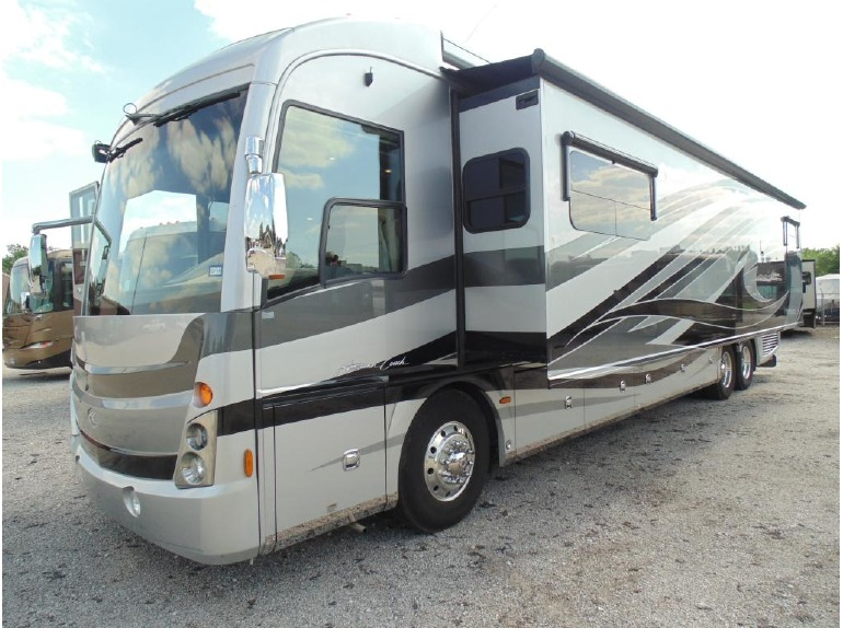 2013 American Coach American Tradition 42M