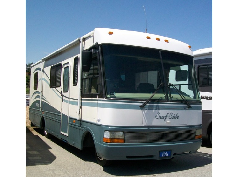 2000 National SURFSIDE M3310