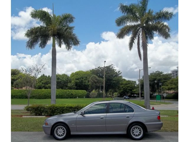 BMW : 5-Series 525 I 4 door BMW  Per Owned 525I  Accident Free Low Miles Excellent Cond. Low Cost Delivery