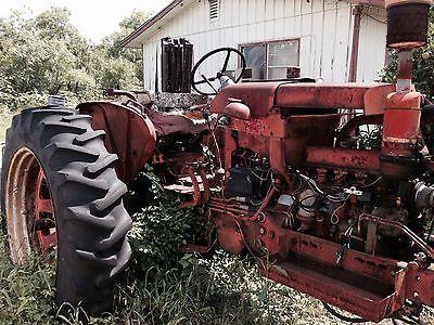 Farmall 504 Tractor Located Pleasanton TX