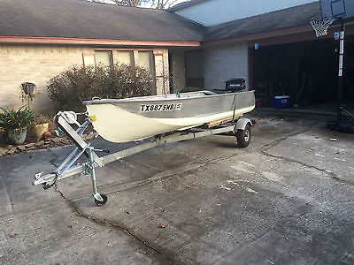 14' Aluminum Outboard 5 HP Motor Fishing Boat w/ Trailer - $1500 (Humble, TX)