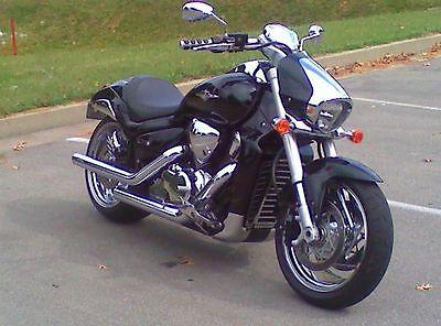 Suzuki : Boulevard M109 Motorcycle..
