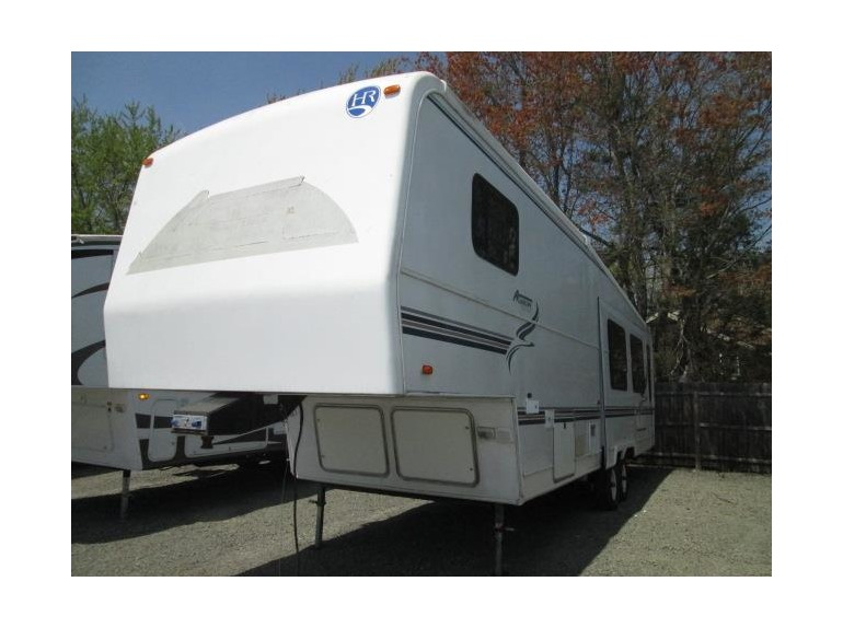 1999 Holiday Rambler Alumascape 32