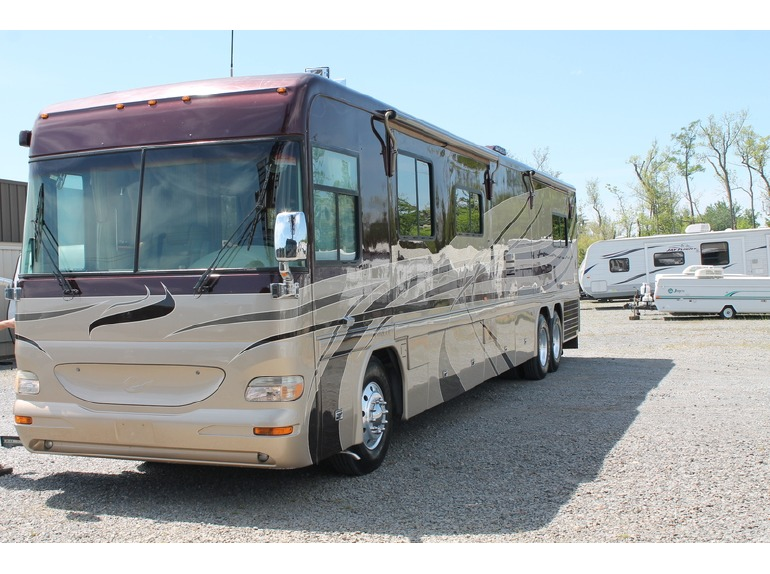2004 Country Coach Intrigue Ovation 4200