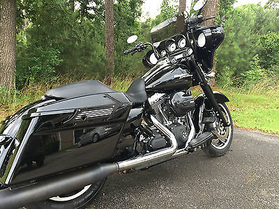 Harley-Davidson : Touring 2013 harley davidson street glide flhx custom lots of blacked out parts