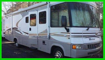 2006 Winnebago Voyage 33' Class A RV Ford Chassis V10 Gasoline 2 Slide Outs TV