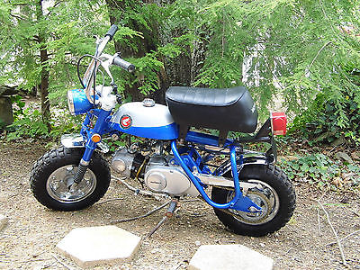 Other Makes 1969 honda z 50 blue with silver chrome
