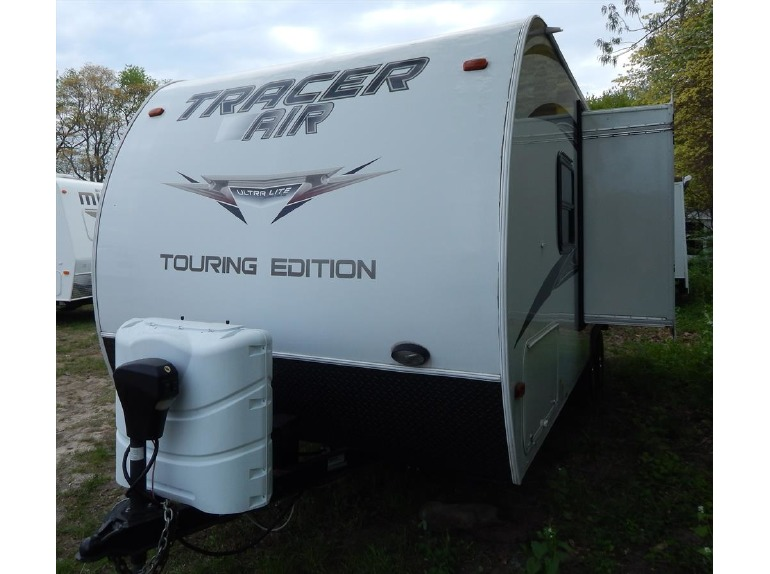 2013 Prime Time Tracer 215 AIR w/ Sofa Slide Out
