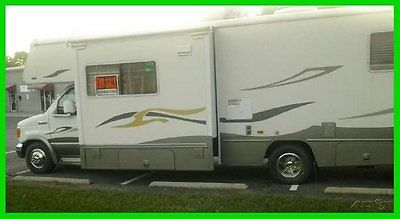 2008 Winnebago Outlook 31' Class C Motorhome V10 Ford Gasoline Engine Sleeps 6
