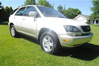 Lexus : RX 4dr SUV 4WD 2000 lexus rx 300 awd nice look loaded wow dont miss out sunroof