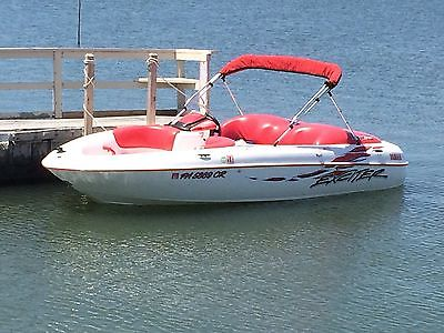 Yamaha exciter jet boat 270HP twin engine