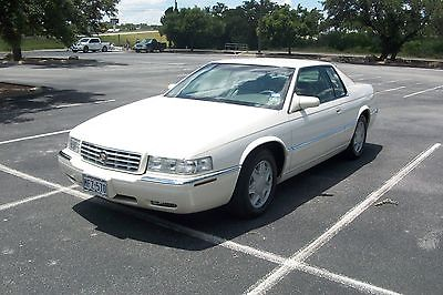 Cadillac : Eldorado ETC 2001 cadillac eldorado esc couple with 7 400 original miles super nice