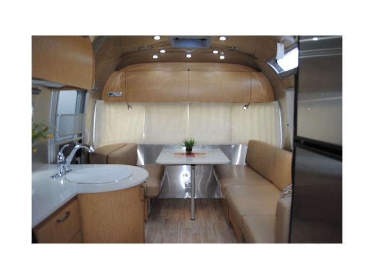 2015 Airstream Intl Serenity 27