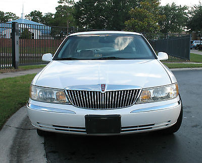 Lincoln : Continental Base Sedan 4-Door 1998 white lincoln continental very good condition with 82 040 miles