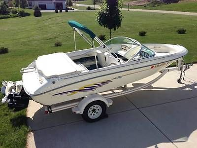 Sea Ray 185 Bowrider Boat and Trailer