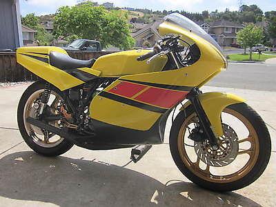 Yamaha : Other YAMAHA 1976 RD400