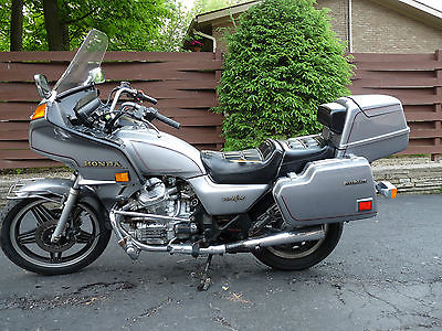 Honda : Other 1982 honda silverwing interstate motorcycle 14 200 miles silver cx 500 ashland oh