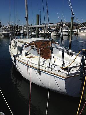 1975 Catalina 27' Sailboat