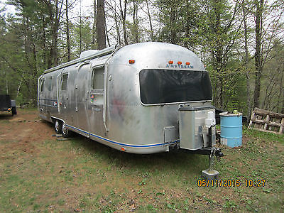 1977 Airstream  International Soveriegn Land Yacht