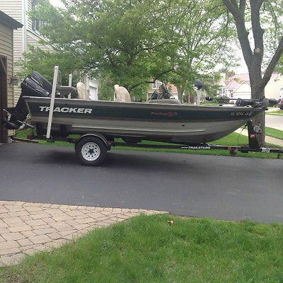 1998 Tracker Pro Deep V-16 with trailer