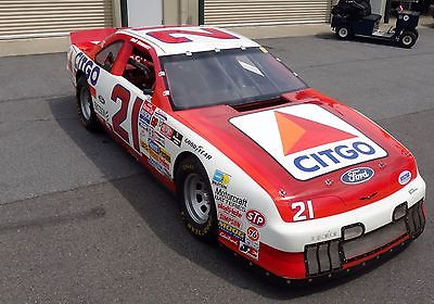 Ford : Thunderbird Black NASCAR, Wood Brothers, Citgo, Road Race Chassis