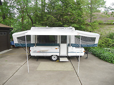 Coleman / Fleetwood  Cheyenne 21 ft. pop-up camper, Garage kept – Sleeps 8