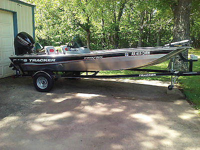 Bass Tracker Pro 170 Bass Boat - 40HP Mercury - NEVER BEEN ON WATER!