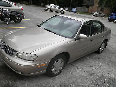 Chevrolet : Malibu Base Sedan 4-Door 2000 chevy malibu 4 door sedan tan beige