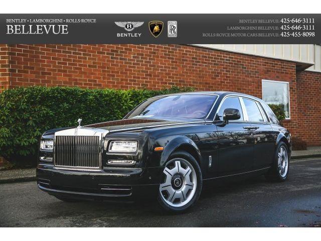 Rolls-Royce : Other Base Sedan 4-Door Dynamic Package, Rear Theatre, Piano Black veneers w/inlays, piping, white dials