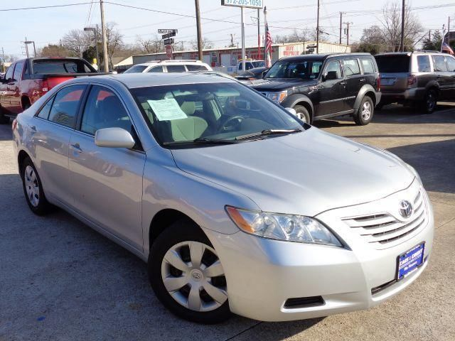 2007 Toyota Camry Solo 2000 de Enganche