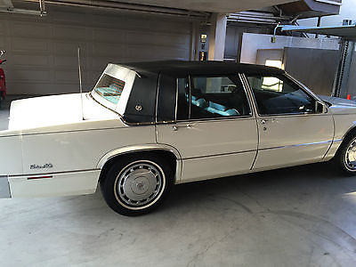 Cadillac : DeVille 4dr Sedan 1990 white navy cadillac deville sedan low miles garaged spotless