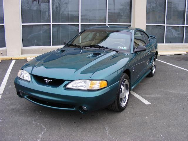 1997 Ford Mustang SVT Cobra Base 2dr STD Coupe