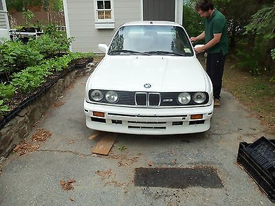 BMW : M3 E30 1988 m 3 e 30 1998 m 62 motor with 70 k and six speed tranny