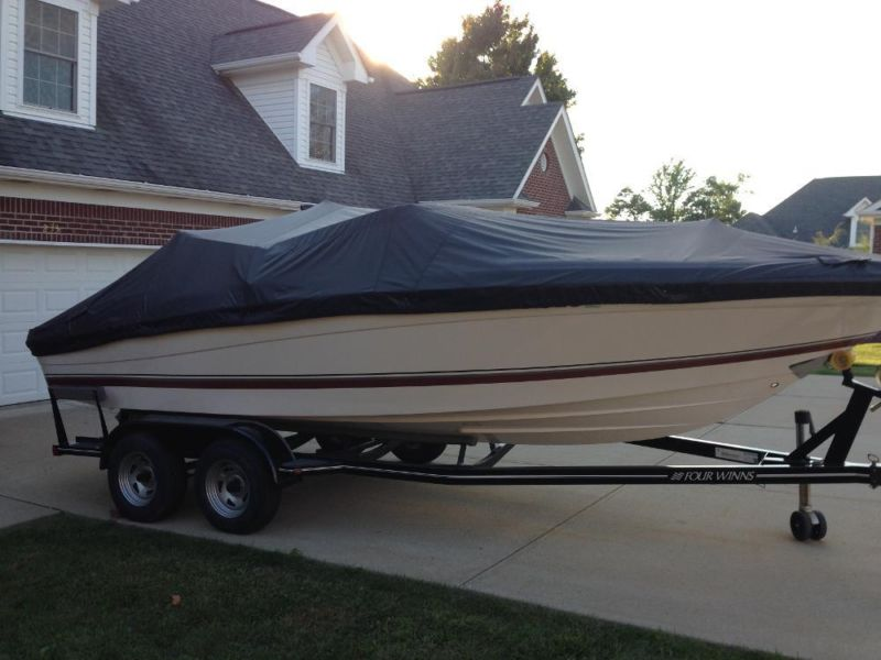 22' 2010 Four Winns H220